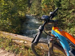 Hervorragendes Wasser aus den Tiefen der Berge - Auf den Spuren der Enns am Ennsradweg von Flachauwinkl nach Radstadt blogHuette.at image 3
