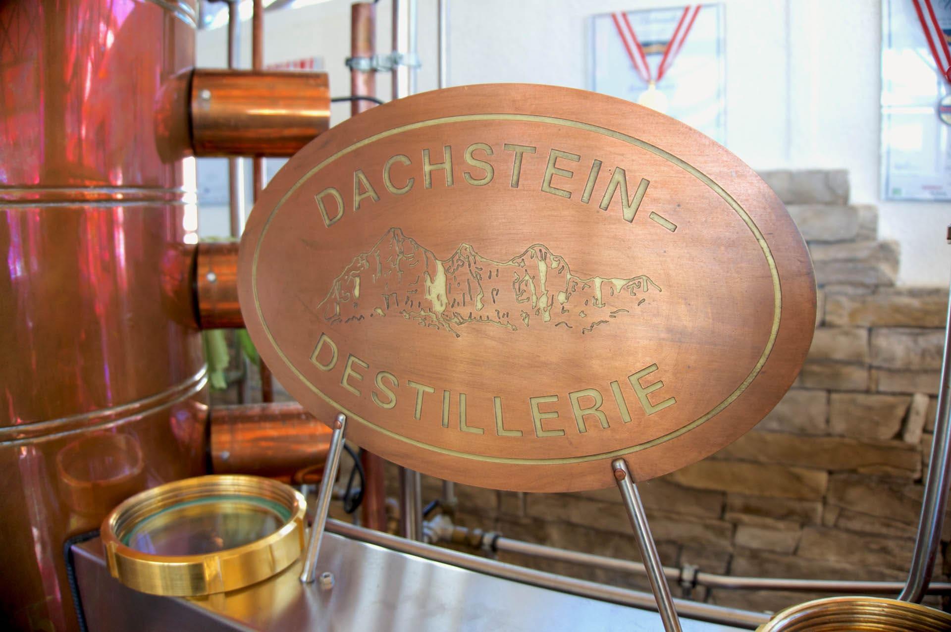 Die Dachstein Destillerie am Mandlberggut - Feinste Schnäpse aus bestem Gebirgswasser gebrannt blogHuette.at image 10