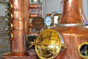 Die Dachstein Destillerie am Mandlberggut - Feinste Schnäpse aus bestem Gebirgswasser gebrannt blogHuette.at image 17