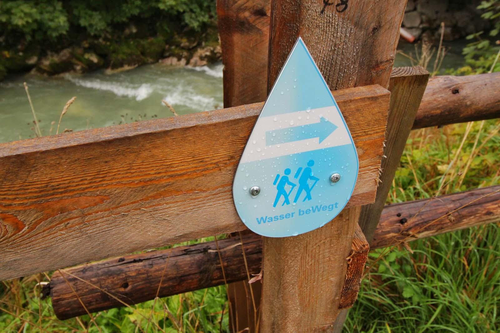 Wegmarkierung in Flachau