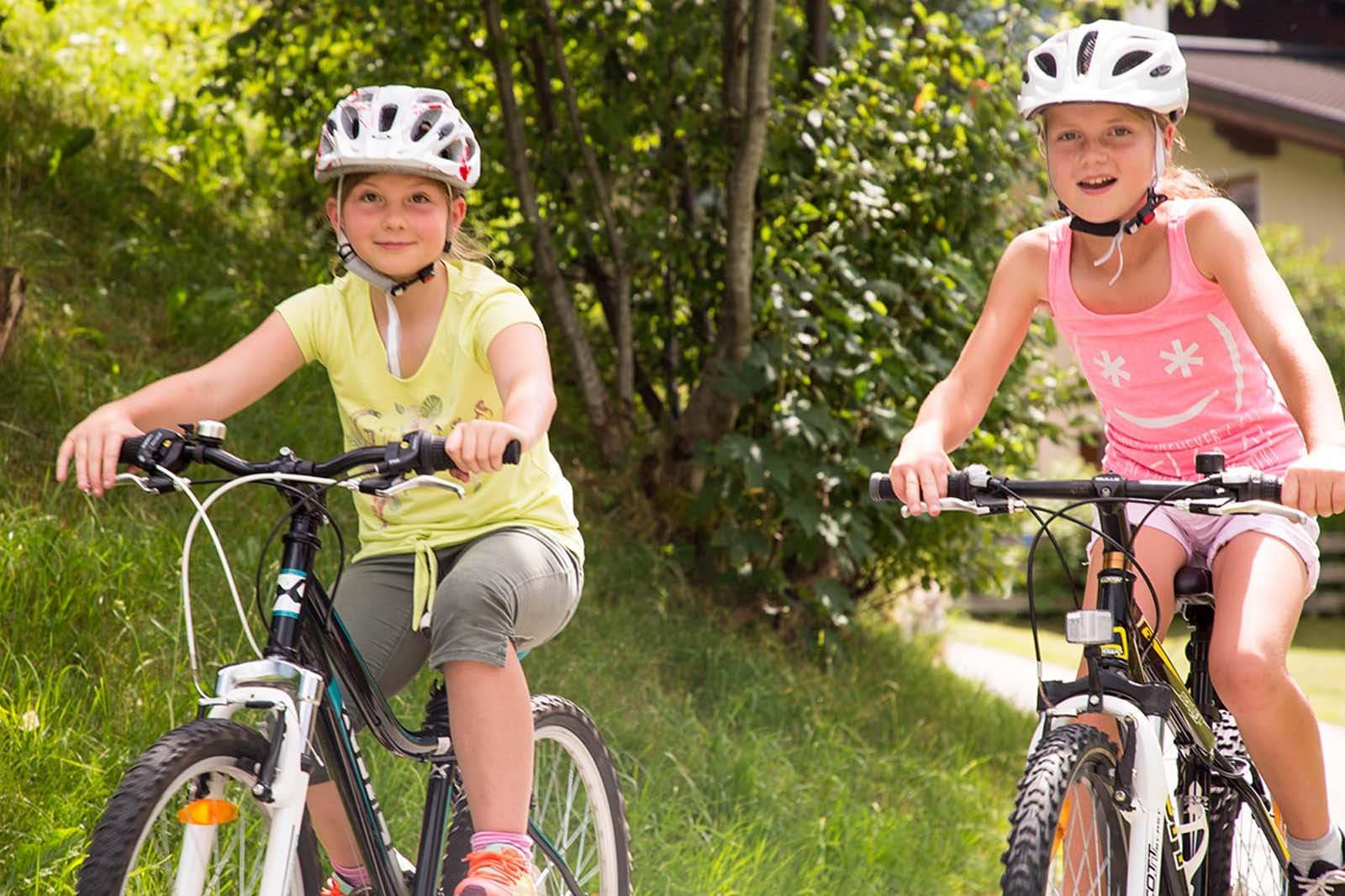 Radfahren mit Kinder in Flachau