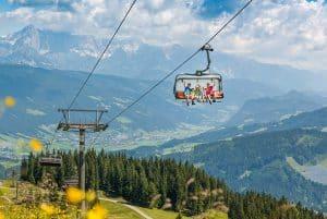 Mit der Bergbahn auf den Gipfel, perfekt für Kinder