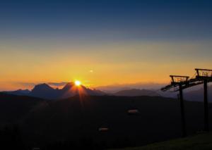 Naturschauspiel Sonnenaufgang live erleben in Zauchensee