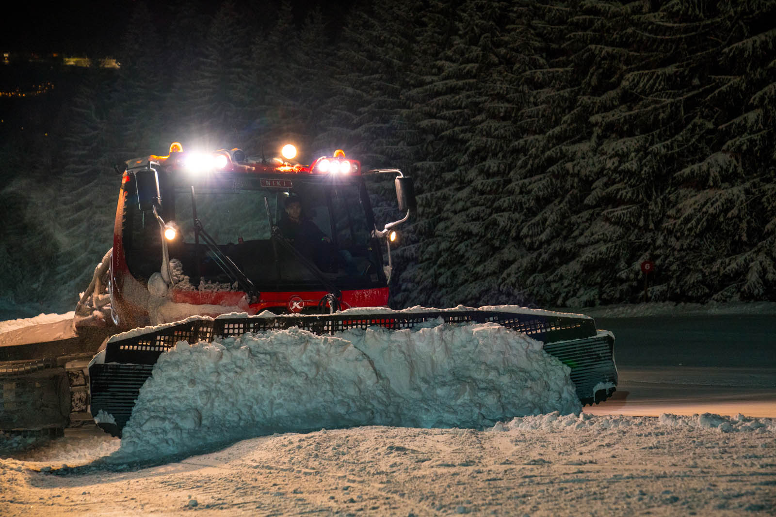 Piste preparation at night