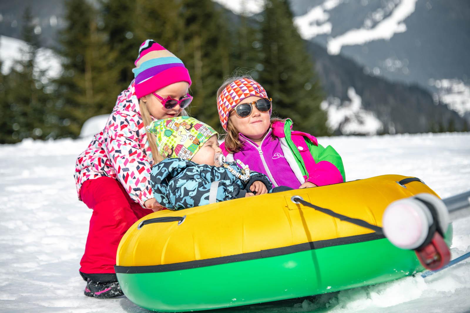 Kinderwelt beim Skifahren in Wagrain/Salzburg