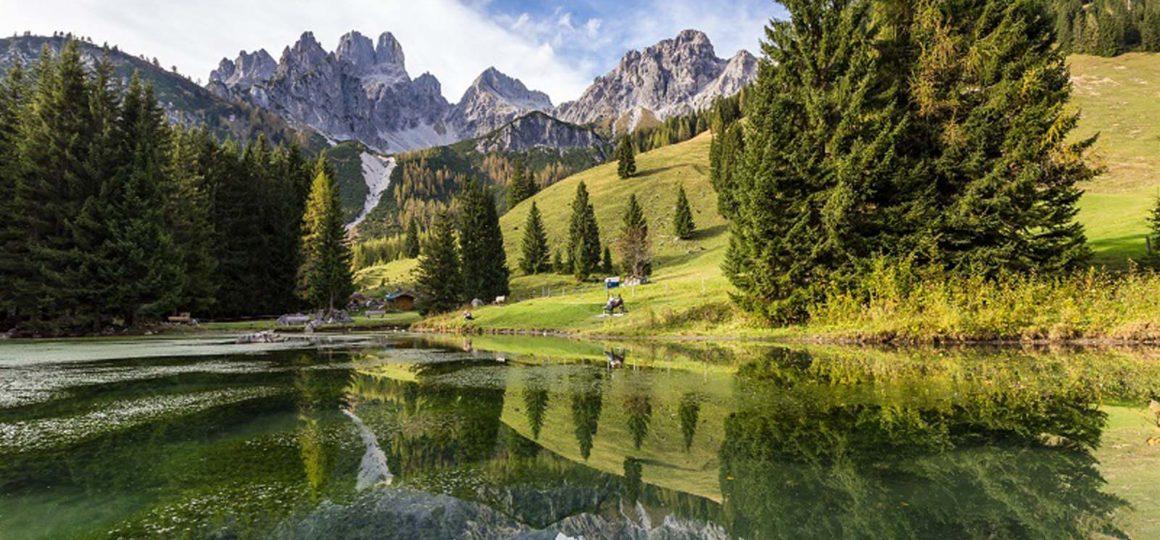 Enjoy nature, nature holiday, hiking holiday