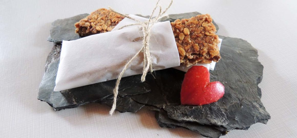 DIY recipes, muesli bars, energy bar, self-made