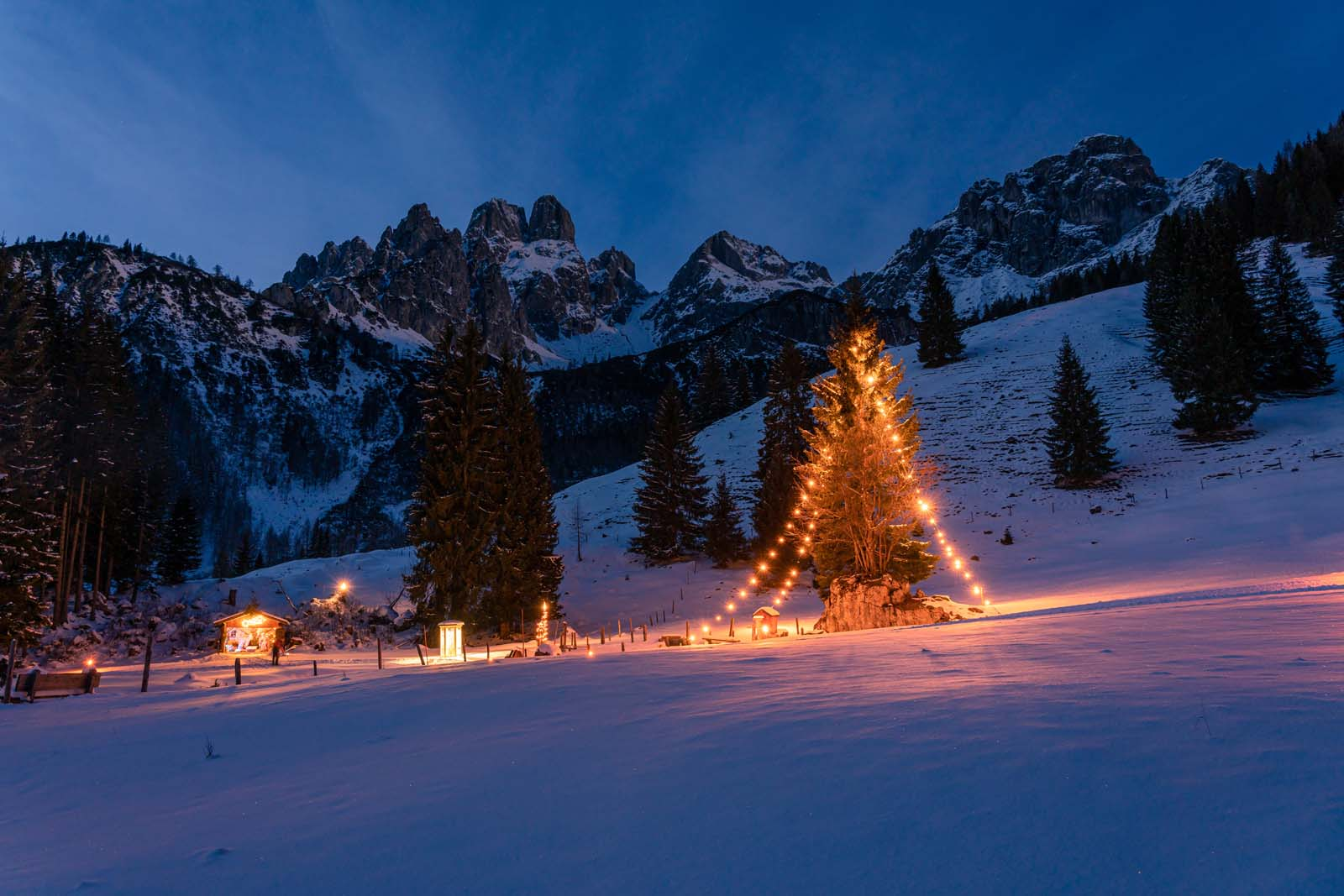 Christmas idyll in Filzmoos. Advent in the mountains, Christmas in the Alps