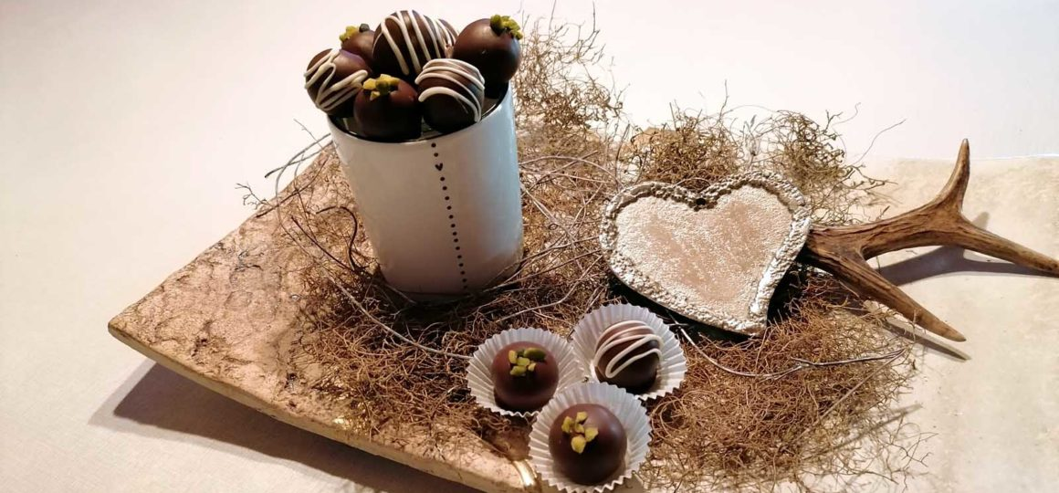 Homemade gifts to nibble on, make your own chocolates