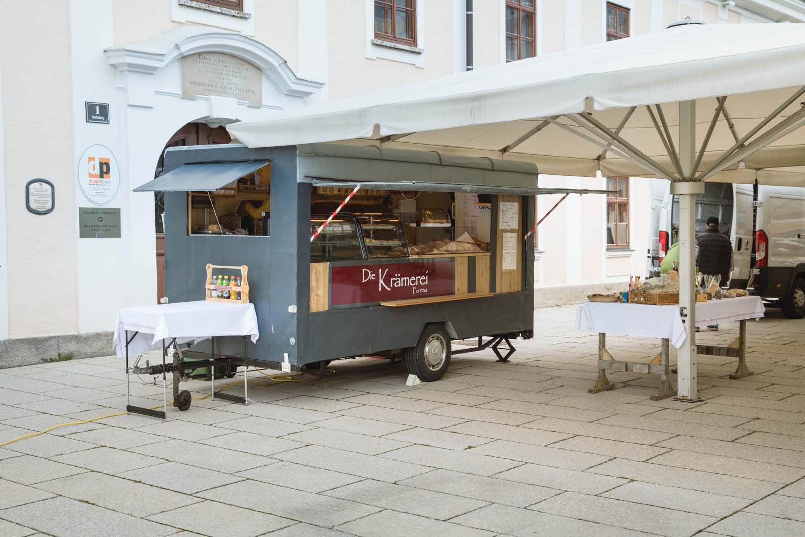 Marktwagen am Radstädter Wochenmarkt