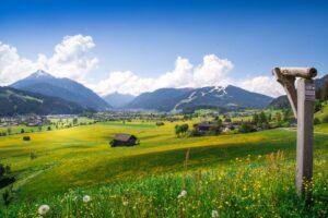 Aigenberg – Fernrohr, Blick ins Flachautal: