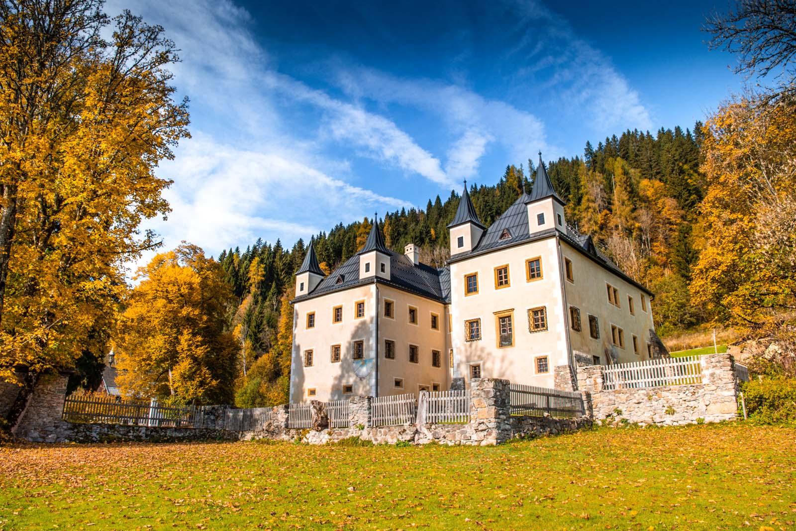 Das Urlaubsfoto beim Schloss Höch darfst du nicht vergessen